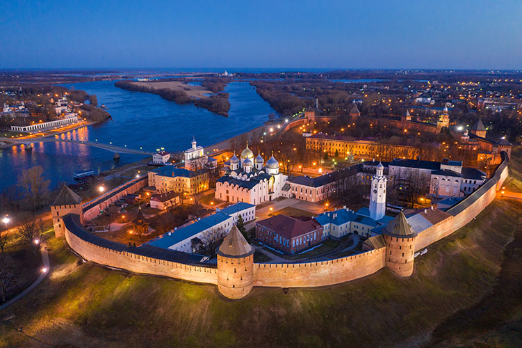 Великий Новгород вечером
